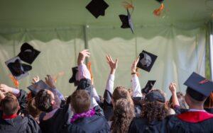 10 подценявани университетски специалности