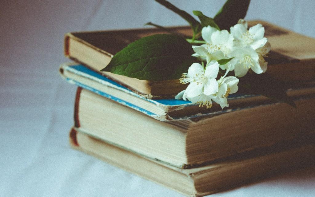 10 биографични книги на любимите ни български звезди (част 2)