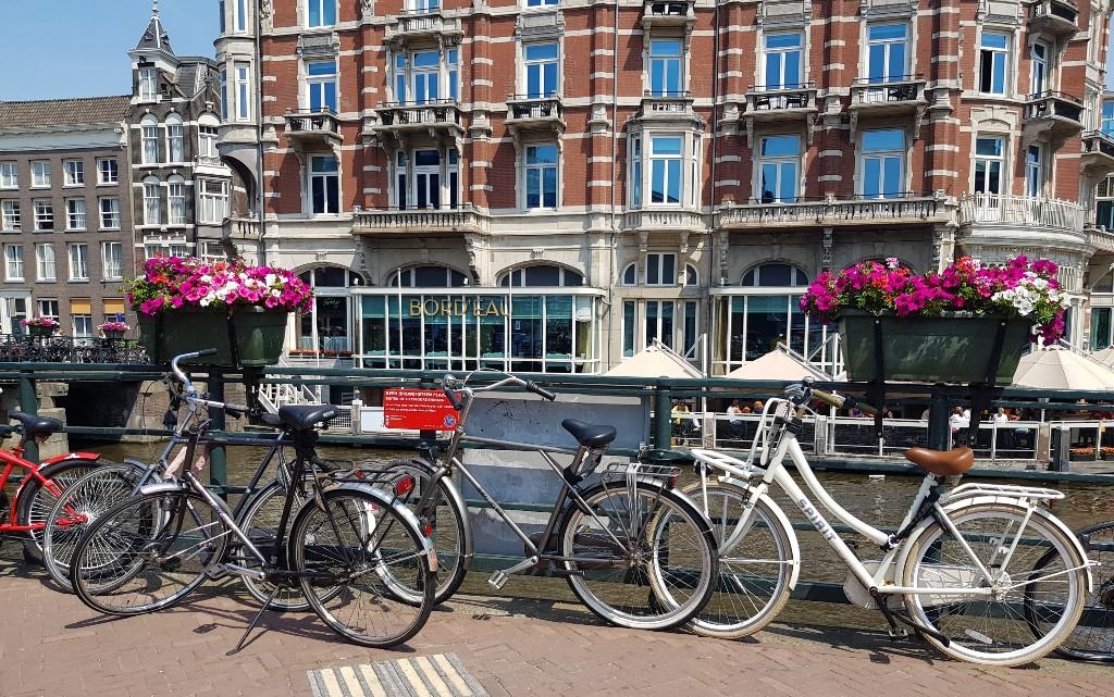 10 места, които да посетим в Амстердам